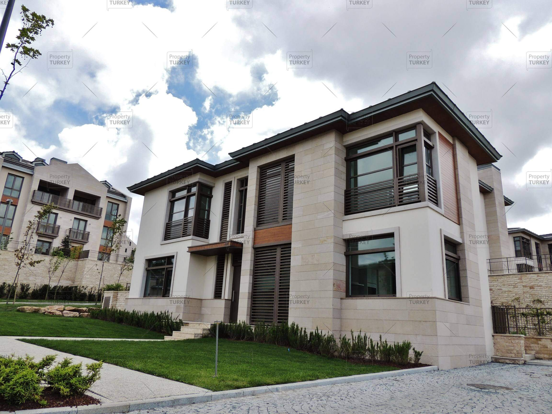 Gorgeous Mansion For Sale In Istanbul European Side