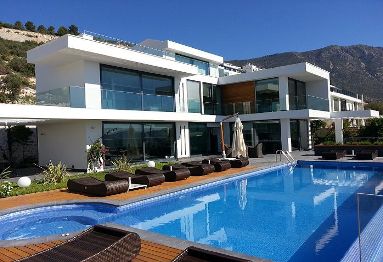 Испания или турция недвижимость
